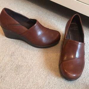 Dansko • Brown Leather Wedges